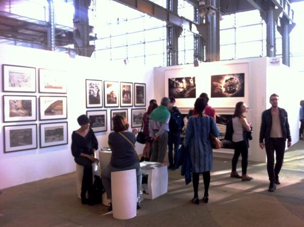 Żywe zainteresowanie miłośników i kolekcjonerów sztuki