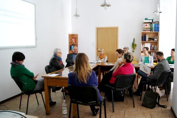Goście z Katowic rozmawiają z nami na Sali Konferencyjnej